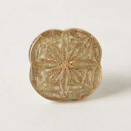 Inlaid Filigree Knob