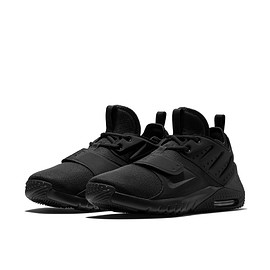 NIKE - Air Max Trainer 1 - Black/Black/Black