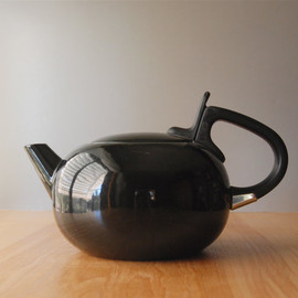 Ben Seibel - Ben Seibel Bubble Pot Tea Kettle in Black