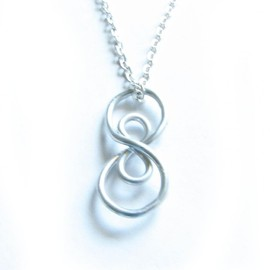 Luulla - Silver Vertical Infinity Necklace Wire Wrapped Silver Plated Chain Jewelry