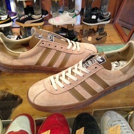 "adidas - 「<deadstock>80's adidas MUNCHEN lightbrown""made in JAPAN"" size:GB7/h(26cm)  11800yen」完売"
