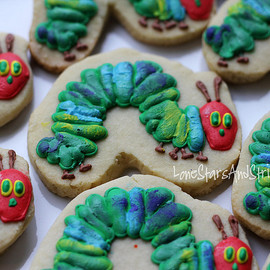 LoneStarsandStripes - caterpillar cookies