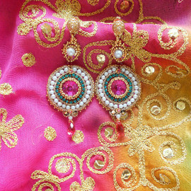 Amalmoon - ♥Padma♥ *♥Embroidered Soutache Pearl Earring♥*