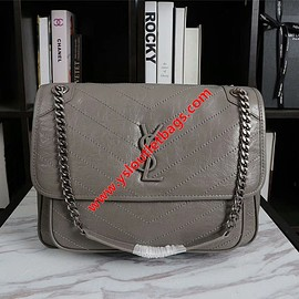 Yves Saint Laurent - Saint Laurent Large Niki Chain Bag In Crinkled And Quilted Leather Grey