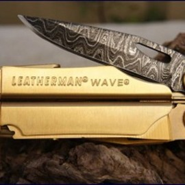 LEATHERMAN - WAVE DAMASCUS STEEL SERIES 24K GOLD