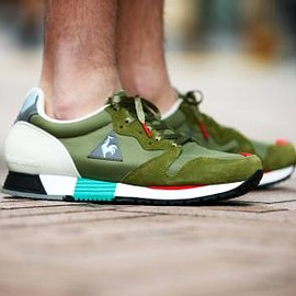 "LCS R 800 KL ""PREMIUM TRICOLOR"" ""KICKS LAB."""