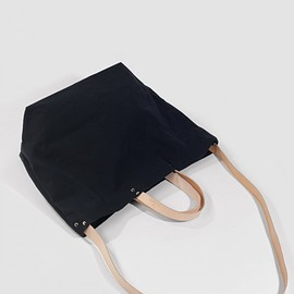 St Leonards - Totely Bucket Tote (black)