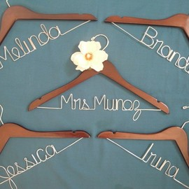 rockabuycreations  - Modern Bride - Bridal Party - Personalized Bridal Hanger