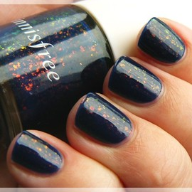 innisfree - #100 blueberry jelly nail polish