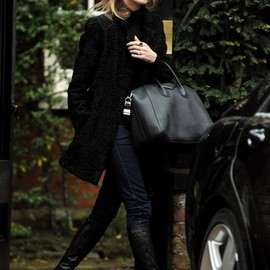 Kate Moss - Kate Moss Heads to Lunch