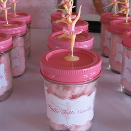 Cotton candy party favors!