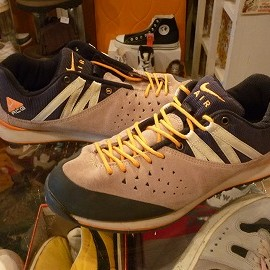 "NIKE - 「<used>'00 NIKE AIR OKWAHN""co.jp LIMITED"" beige/black/orange size:US10/h(28.5cm) 7000yen」完売"