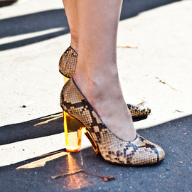 Dries Van Noten - SNAKE SKIN PERSPEX HEEL PUMPS