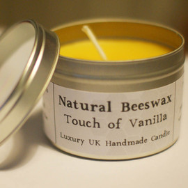 Luulla - Natural Beeswax Candle - Touch of Vanilla Scent