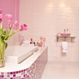 pink/bathroom
