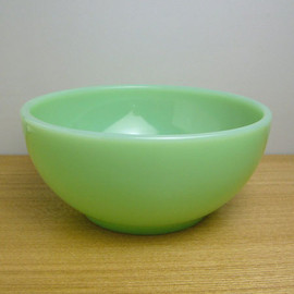 Fire King - Jadeite Chili Bowl