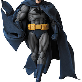 "MEDICOM TOY - MAFEX BATMAN ""HUSH"""