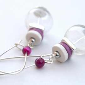 Luulla - Hand Blown Glass Earrings - Silver, White and Fuchsia Earrings