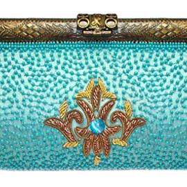 MOYNA -    embroidered clutch