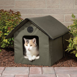 Hammacher Schlemmer - The Only Heated Outdoor Cat House