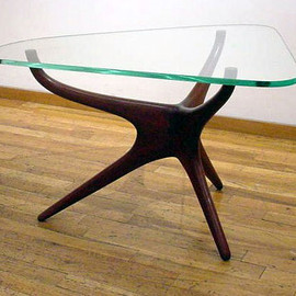 VLADIMIR KAGAN - SCULPTURED END TABLE