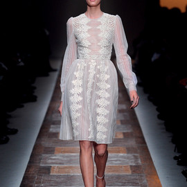VALENTINO - dress 2012-13 A/W pret-a-porter collection
