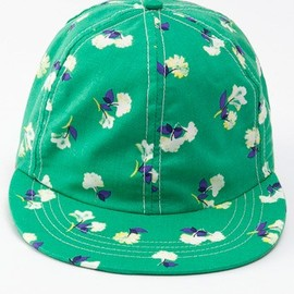 American Apparel - The Floral Printed Cap / Spring Flowers On Green