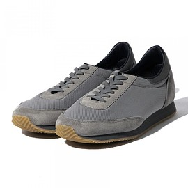 REPRODUCTION OF FOUND - REPRODUCTION OF FOUND / 1990s Canadian Trainer