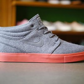 Stefan Janoski Mid - Military Brown/Black