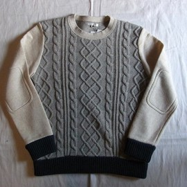 DISCOVERED - Cable Knitting Sweat