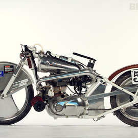 Trillion Industries - Triumph turbocharged motorcycle