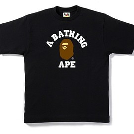 A BATHING APE - COLLEGE TEE BLACK