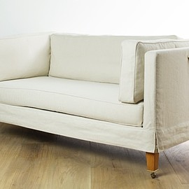 Cassina - RUE DU BAC Sofa by Andree Putman