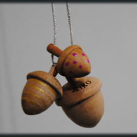 kiko+ - 3pcs of acorn shape spinning top set.