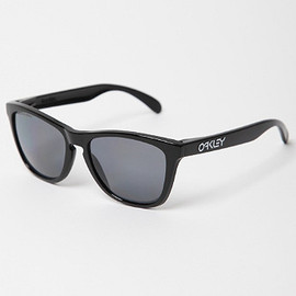 OAKLEY - frogskins limited edition polished polarized sunglasses