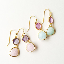 kicca | kokoshi cafe - glass stone ピアス