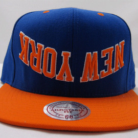 Hall of FAME FAME - UPSIDE DOWN Mitchell & Ness SNAPBACK