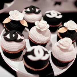 Cocoa & Fig - Custom Chanel Themed Cupcakes