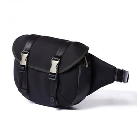 "HEAD PORTER - ""LUNA"" WAIST BAG BLACK"
