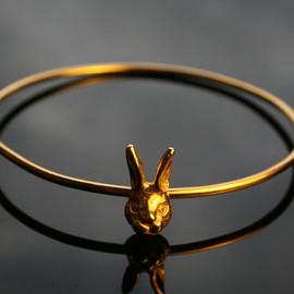 BeauandArrowuk - Sterling silver, gold plated bunny bangle
