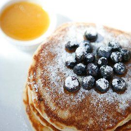 Clinton Street Baking Co. & Restaurant TOKYO - Pancakes with Warm Maple Butter