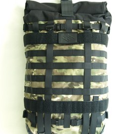 RESISTANT - Ultimate MultiCam
