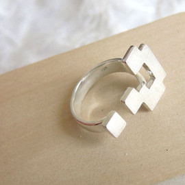 Smiling-Sliver-Smith - Block Question Mark Ring - Handmade Silver ring