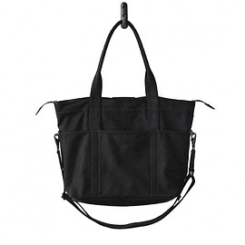 MAKR - Utility Bag Black Canvas and Horween® Manitoba Leather