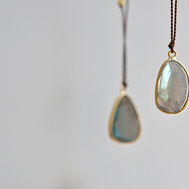 Margaret Solow - Enclosed Labradorite Necklace