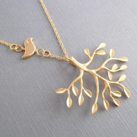 LadyKJewelry - Tree And Bird Necklace Gold