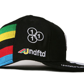 UNDEFEATED - New Era Rainbow