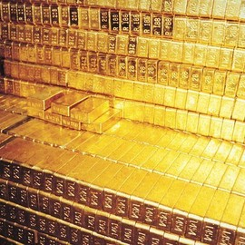 Vaults of Gold At The Federal Reserve Bank, NYC. $300 billion. In one room.