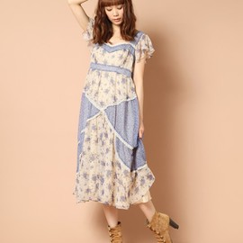 Balcony and Bed - FLOWER ON FLOWER PRINT CHIFFON LONG OP