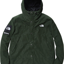 Supreme x The North Face - Mountain Shell Jacket